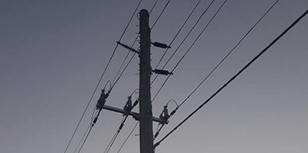 Underground vs overhead power lines